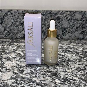 New with box! Farsali liquid glass skin